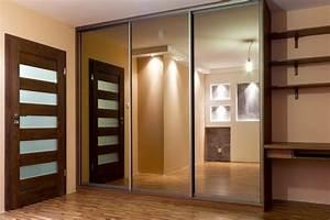 Kleiderschrank Mit Vielen Fächern : kleiderschrank mit spiegel 49 ideen f r ihre einrichtung ~ Markanthonyermac.com Haus und Dekorationen