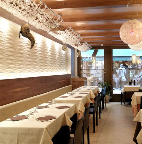 Traccia Wall Panel By Lithos Design At Marciana Restaurant