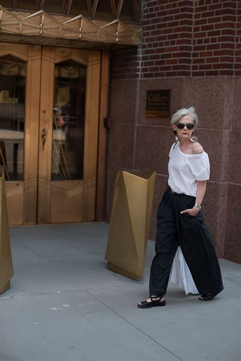 staycation en  advanced style moda madura moda