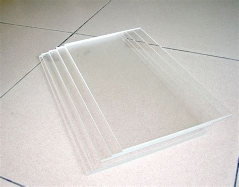 gergaji acrylic jual jual acrylic 2mm bening murah grosir kaca akrilik 2mm
