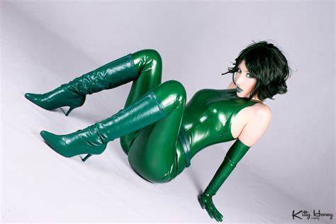 Jerking In Green Latex Unitard Madame Hydra Flaunt Seductively