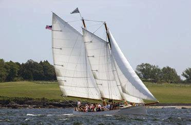 Newport Boat Tours by Newport Sightseeing Boat Tour Aboard Schooner Adirondack Ii
