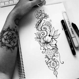 Tatouage Loup Graphique : dessin tatouage plus de 40 mod les originaux pour toute ~ Mglfilm.com Idées de Décoration