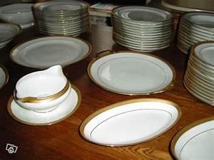Service De Table Porcelaine : service de table en porcelaine de limoges occasion ~ Teatrodelosmanantiales.com Idées de Décoration