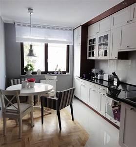Küchentisch Für Kleine Küche : ein runder esstisch ist die perfekte l sung bei platzmangel ~ Sanjose-hotels-ca.com Haus und Dekorationen