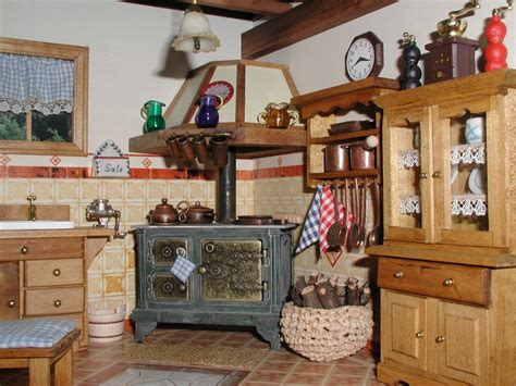 Morandi Sisters Microworld Country Kitchen  Cucina Country