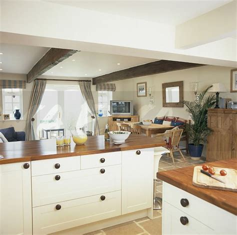 Image Cream Cottage Kitchen With White Beamed Ceiling And