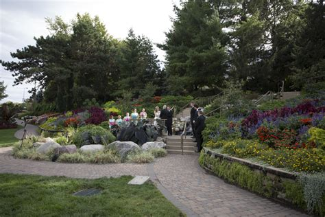 lincoln parks make great outdoor settings for lincoln weddings