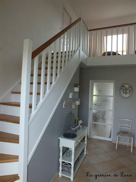 peinture cage d escalier luxe peinture grise escalier bois avec peindre sans poncer et sur idee
