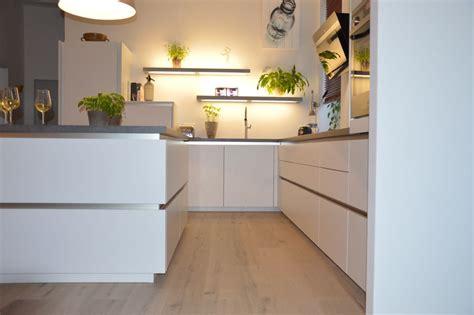 Arbeitsplatte Küche Beton  Haus Planen