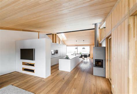 Wohnung Glaenzender Innenausbau by Holzbau Innenausbau Dachgeschoss Galerie V 246 Lk