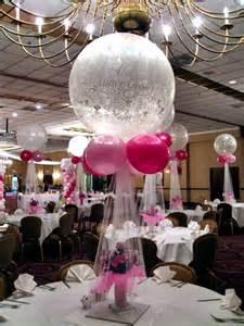 Elegant Balloon Centerpiece Ideas
