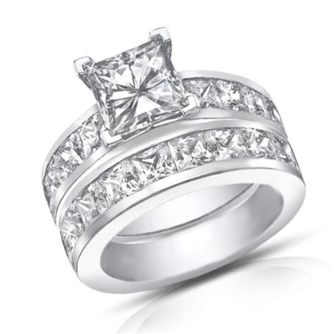 4 50 ct princess cut diamond engagement ring set in