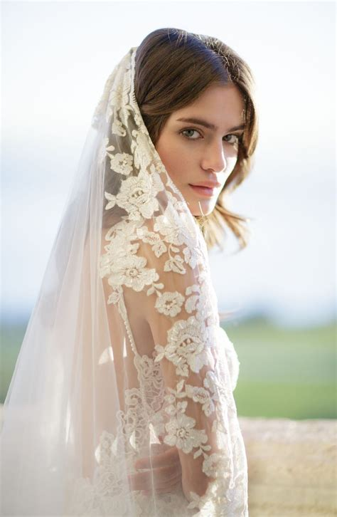 Best 25 Cathedral Veil Hair Ideas On Pinterest