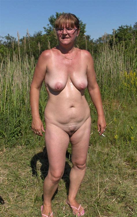 Doris Naked Outdoors