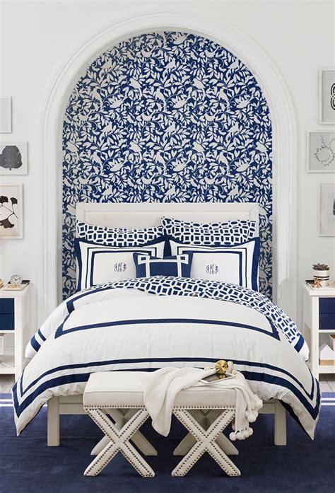 classic navy  white bedroom    blues