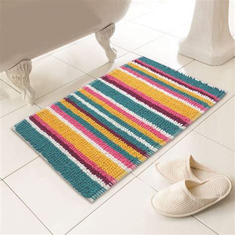 Multicolor Bathroom Rugs