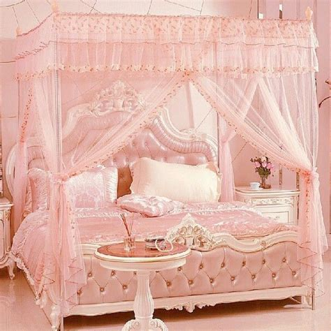images  romantic bedrooms  pinterest canopy