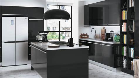 cuisine uip noir davaus cuisine noir et blanche avec des