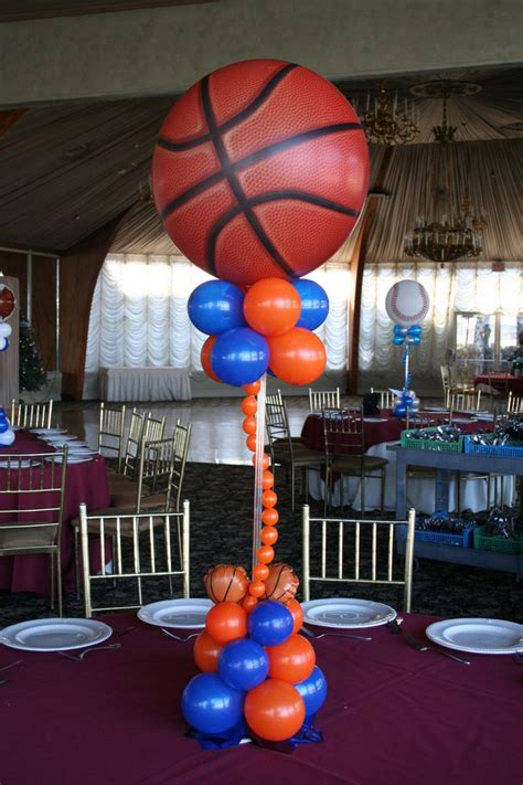 sports centerpieces for tables sports themed balloon centerpieces party planning ideas