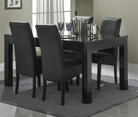 cuisine encastré table de salle à manger design laquée solene salle