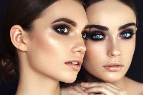 makeup  dry skin mistakes   skin  dry readers digest