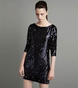 Zara womenswear august 2011 for Robe paillette zara