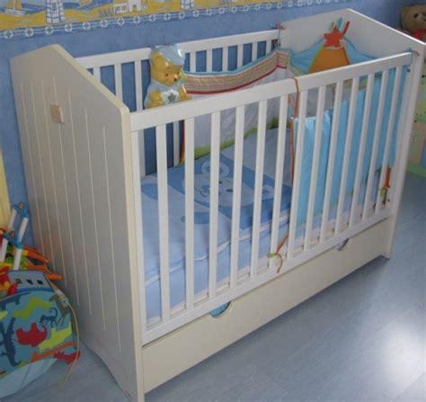 autour de bebe lit evolutif lit sauthon th 232 me et tour de lit et gigoteuse annonces forum vie pratique