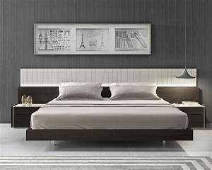 Lacquered Fashionable Wood Platform and Headboard Bed with