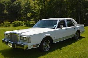 1987 Lincoln Continental Town Car Blue Leather Interior