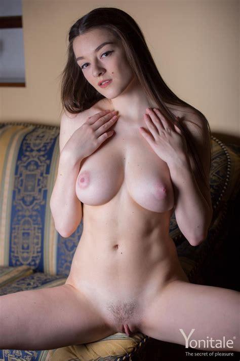 Virginia Incredible Natural Curves For Yonitale Curvy Erotic