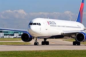 Delta Flight Re... Delta Air Lines