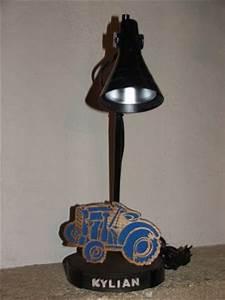 Lampe De Bureau Enfant : lampes de bureau lampe de bureau tracteur pour chambre d ~ Nature-et-papiers.com Idées de Décoration