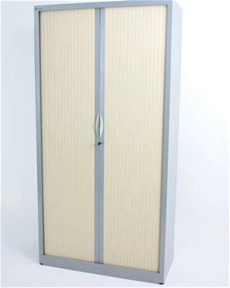 armoire 224 rideau erable