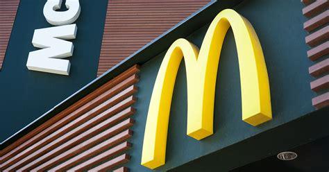 mcdonalds serve burgers   morning