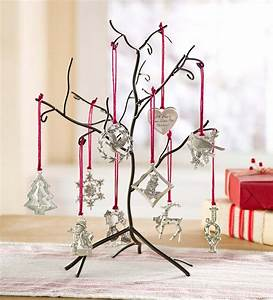 Metal, Ornament, Tree, With, 10, Ornaments