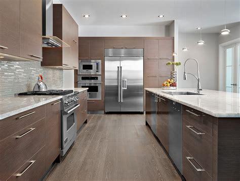 glass backsplash for kitchens modern kitchen backsplash to create comfortable and cozy