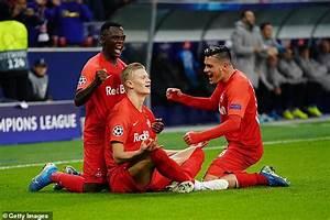 RB Salzburg 2-3 Napoli: Lorenzo Insigne hits winner and Dries Mertens scores brace   Daily Mail ...
