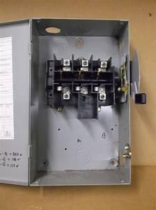 Cutler Hammer Dg322ugb 60 Amp  240 Volt  Disconnect