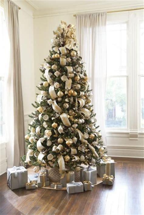 ideas  gold christmas tree  pinterest