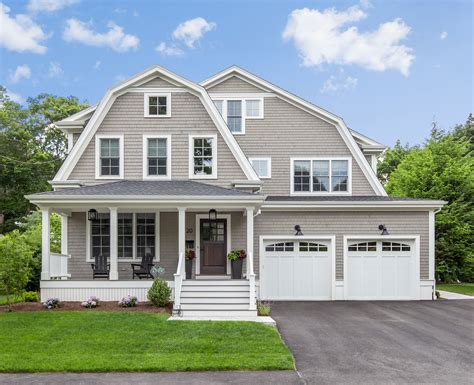 Colonial Home by Transitional New Home Hawthorn Builders Featured Project 1