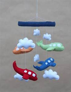 Mobile Baby Diy : airplane crib mobile diy project nursery pinterest buses red green and boys ~ Buech-reservation.com Haus und Dekorationen