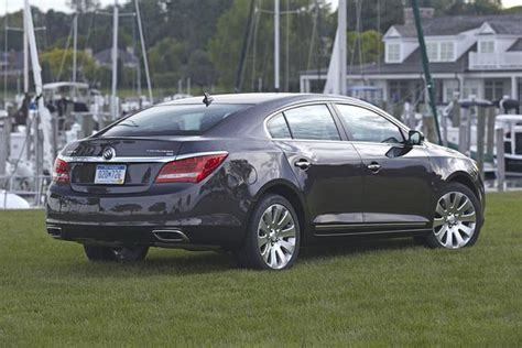 Buick Lacrosse Vs Regal by 2015 Buick Lacrosse Vs 2015 Buick Regal What S The