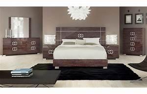 emejing modern queen bedroom sets images home design With modern queen bedroom sets