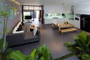Maison Deco Com : maison design densely greened house ~ Zukunftsfamilie.com Idées de Décoration