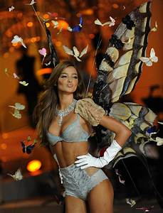 A Year in the Life of a Victoria's Secret Angel: Miranda ...