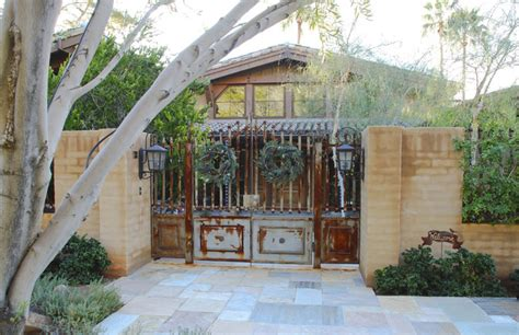 courtyard gates rustic entry phoenix  grizzly