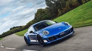Porsche Le Mans 2017 : porsche 911 le mans legends derek bell motoring research ~ Medecine-chirurgie-esthetiques.com Avis de Voitures