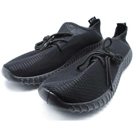 Sepatu Olahraga Pria Snd 116 sepatu mesh pria sport yezi boost size 41 black