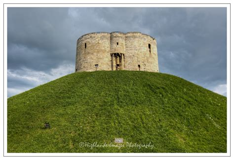 blogography  photography cliffords tower york